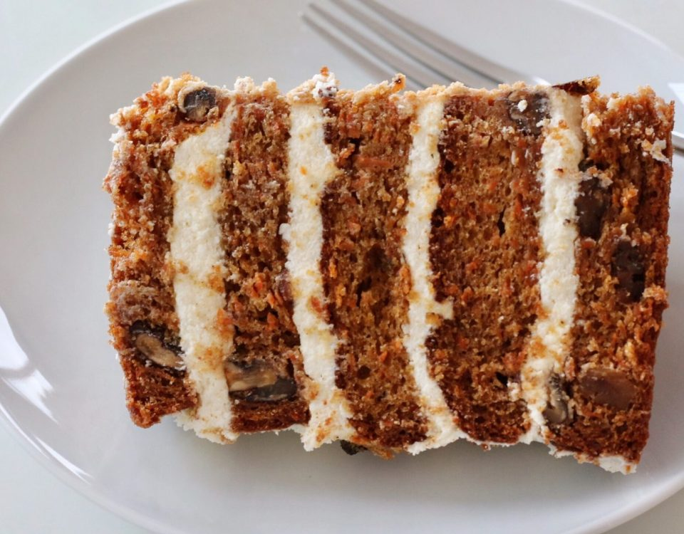 layered carrot cake nuts