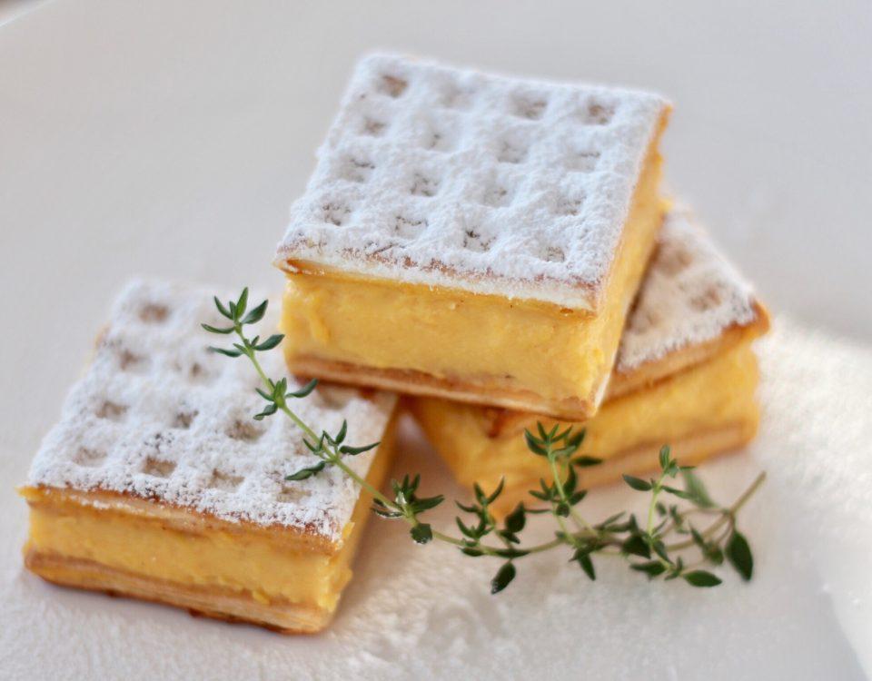 vanilla custard slice dessert